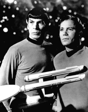 Spock (Leonard Nimoy) och kapten Kirk (William Shatner) i tv-serien