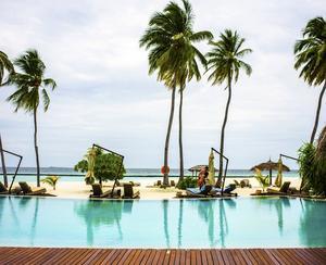Livet på resorten Halaveli är behaglig barfotalyx, där maten är en viktig ingrediens i semesterlivet.