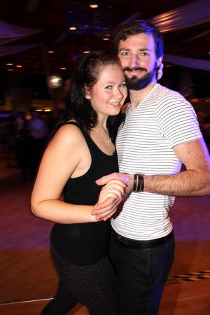 Jennifer Eriksson och Henrik Trolin var och dansade på söndagens mellandagsminimara.