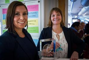 Ylvali Gerling och Agneta Wallner vid  Myoroface var glada och överraskade över vinsten i Boost Innovation.