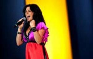 När Jill Johnson uppträdde på Victoriadagen i Borgholm den 14 juli hade det börjat synas att sångerskan ska ha barn. Nu bekräftar hon det för Se & Hör.