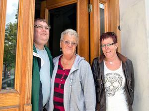 En trio som välkomnar fler till Enhörningens drogfria mötesplats i centrala Sundsvall: Mats Pettersson, Gun Sundin och Yvonne Johansson.