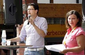Sverigedemokraternas partiledare Jimmie Åkesson och Marie Edenhager, distriktsordförande i Dalarna-Västmanland, var vid mötet i Västerås eniga om vilken förändring som de helst vill se i Sverige.