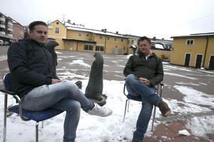 Dennis Elfberg och Ricky Elfberg, Nöjesmetro, berättar att Ludvikafesten 2017 återflyttas till Garvarns torg. Om allt går som de tänker sig blir det fri entré till den stora sommarfesten i Ludvika.