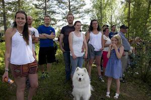 Härjedalingar, hemvändare och turister sökte sig till Storön i Sveg under helgen för att heja på företagsfejden och delta i Björnfesten.