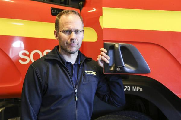 Roger Ohlsson är områdesansvarig för räddningstjänsten i Härjedalen och han hoppas på fler deltidsbrandmän i Härjedalen.