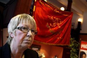 Efter tolv år i landstingstoppen har Ann Margret Knapp, S, bestämt sig för att inte ställa upp som lanstingsrådskandidat i nästa års val.Ann Margret Knapp (till höger) valdes in i landstingsfullmäktige 1998 och tillträdde som landstingsråd 1999 tillsammans med dåvarande parhästen Ingrid Amrén (Liljegrääs) och Jerker Svensson, V.