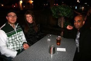 Bill och Bob. Andreas, Jenny och Sandip
