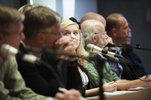 Miljöpartiet, med Linnéa Risinger och Rickard Holmqvist i spetsen, vill bland annat satsa på ungdomsgårdar för att ungdomar ska hålla sig borta från alkoholen.