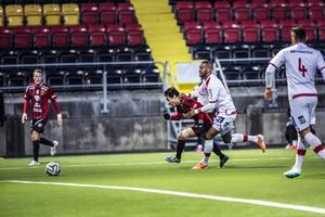 Moon hålls tillbaka i andra halvlek. ÖFK-yttern glimtade till ibland och var den som spelade fram till Emir Smajics 1-2-mål.