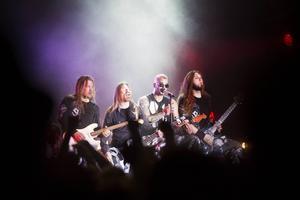 Sabaton spelade nyss på sin egen festival i Falun – och förra veckan i Sevastopol på ockuperade Krimhalvön.
