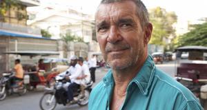 Skådespelaren Kjell Bergqvist gillar den vietnamesiska maten.