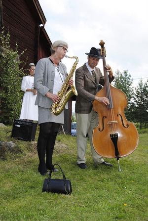 Kari Sjöstrand och Henrik Christensen spelade musik från 1950-talet.