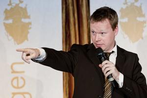 Två gånger har Johan Glans blivit utsedd till Sveriges roligaste komiker, senast var 2013.