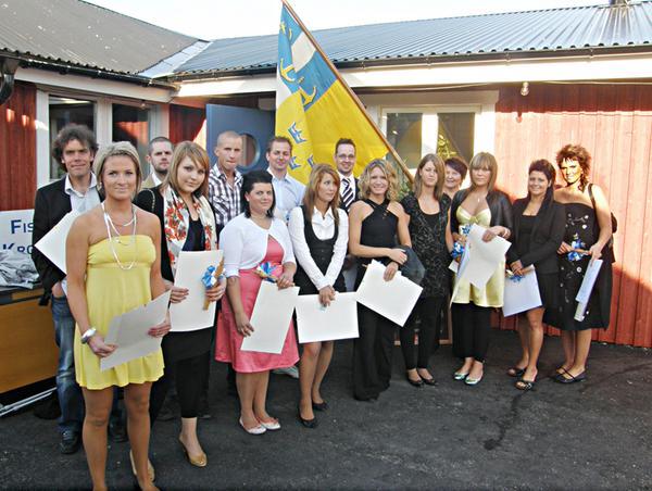 Gesällerna med fanbärare Lena Liljeby från Gefle Handtverksförening.