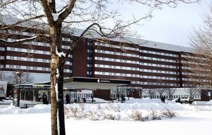 Sundsvalls sjukhus har haft drygt 30 överbeläggningar de senaste två dagarna.
