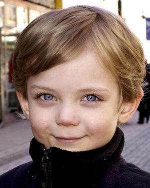 Tristan Lindberg, 6 år, Östersund:– Ja det har jag gjort. Det var en ny isglass som var jättegod. Jag äter mycket glass, men jag blev sjuk en gång.