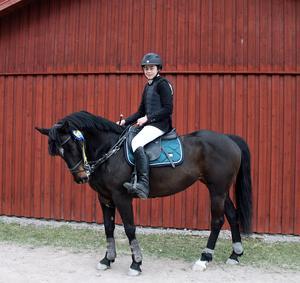 Vinnare i ponny klass 3, Niklas NIlsson, Borlänge ryttarsällskap