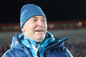 Vladimir Smirnov var på strålande humör under herrstafetten.