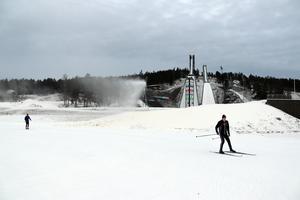 Fråga efter fluorfri valla, uppmanar Naturskyddsföreningen alla skidåkare; här en bild från Lugnet i Falun under torsdagen.