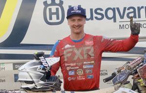 Albin Elowson, FMCK Skövde, efter segern i Vintercupen på Falköpings Motorstadion tidigare i år.