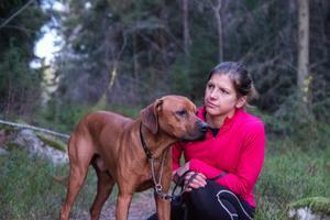 Bowie och Karin Flaget besöker ofta den skog som ska avverkas av Gävle kommun för att springa.