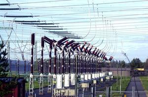 När datorer och andra elektroniska apparater kom in i hemmen har elanvändningen ökat kraftigt. Upp till 4 000 kilowattimmar mer per år. Foto: Stefan Sundkvist
