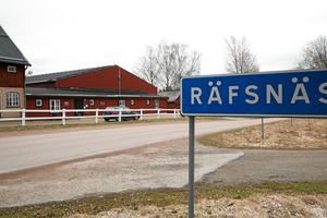 Lördagen den 16 juni är dags för för den formella invigningen av nyrenoverade ridanläggningen i Räfsnäs utanför Ludvika.