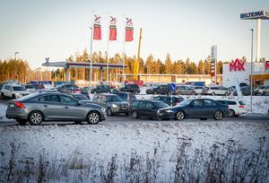 I juletider brukar korsningen vid Medskogs handelsområde vara överbelastad.