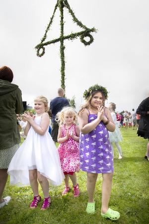 Agnes Toftling, 8 år, Alice Tofling, 5 och Alexandra Gunnarsson, 8.