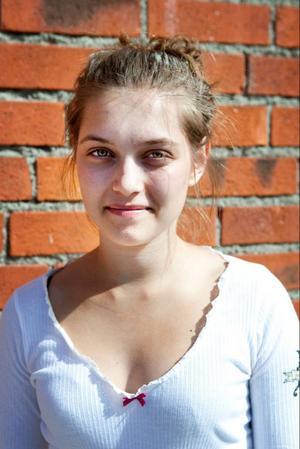 Anna Huczkowsky, 18 år, går i föreningen Quarozia som är den