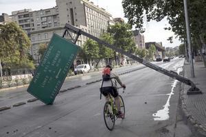 I samband med de sociala protesterna i Chile i höstas bytte många från bil och kollektivtrafik till cykel. Foto: Rodrigo Abd/AP Photo