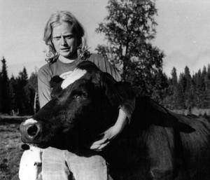 1975 jobbade Sola Alfredsson, då 21 år, på fäbodvallen i Andersböle. 50 kronor om dagen fick hon betalt av bönderna vars 17 djur hon hade hand om, under avtalet men det var inte lönsamt att betala mer menade lantbrukarna.