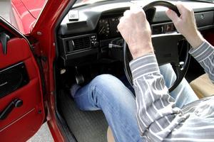 I den röda Volvon finns gott om originaldetaljer.