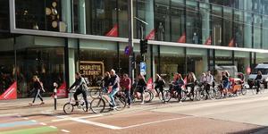 Morgontrafik i holländska Utrecht.