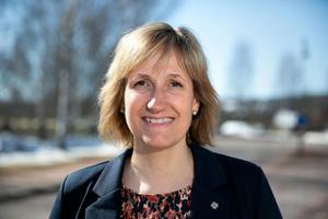 Anna Hed (C) är kommunalråd och kommunstyrelsens ordförande.