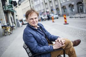 Biltrafiken i Södertälje ökar i takt med staden, menar Mats Siljebrand (L).