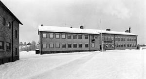 Så här såg Cederbergsskolan ut på 1980-talet ...