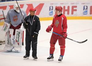 Fredrik Olofsson gör debut i Modo Hockeys röda tröja när Modo tar sig an Skellefteå på bortaplan på onsdagskvällen.