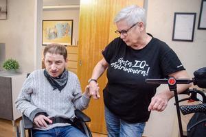 Thomas Nilsson och Ann-Christin Pettersson skulle välkomna extra pengar för gruppen med funktionsnedsättning.