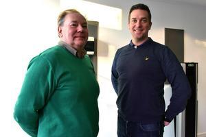 Mica Hohenthal och Paul Eriksson i de nya lokalerna i Öna där de har sitt huvudkontor.