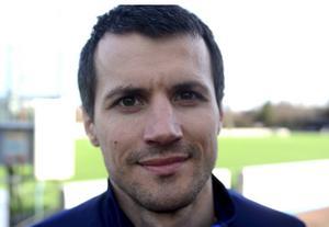 Goran Cuckovic ryckte in som huvudtränare för IFK Mora då Ben Smith var bortrest. IFK föll mot tabelltvåan Stocksund under lördagen.