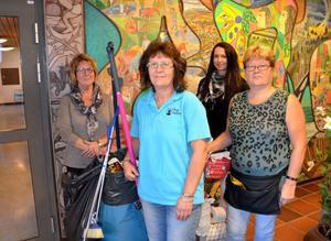 Lokalvårdarna i Bergs kommun har lyckats bra med att få ner sjuktalen bland personalen. För två år sedan anställdes Veronica Göransson (tvåa från höger), som chef för den gemensamma organisationen. Berit Zackrisson, Marianne Ward och Ann Wagelin är mycket nöjda med hur det fungerar.