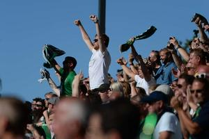 Över 3 000 åskådare väntas till Stadsparksvallen när J-Södra tar emot Helsingborg.