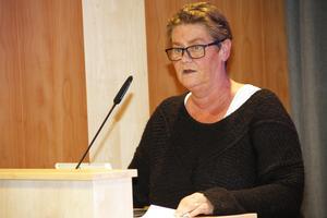 Helena Brink (M), beklagar nämndens nedläggningsbeslut.