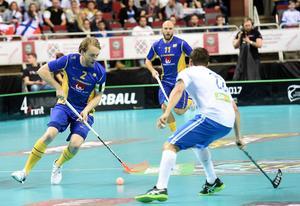 Johan Samuelsson under finalen mellan Finland och Sverige i innebandy-VM i Riga 2016.
