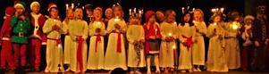 Barn från Åkerö förskola lussade för PRO:arna. Foto: Kenneth Keys