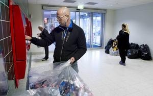 Välgörenhetskampen är hans hjärtebarn, där han hjälper människor som är socialt utsatta på något sätt.