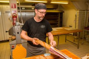Antingen behövde Kavlat & klart expandera och öppna ytterligare ett bageri, eller flytta från Valbo,  och det ville inte Mats Harich.