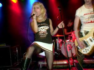 2001. The Sounds med Maja Ivarsson i spetsen uppträder på festivalen tillsammans med bland andra Sator och Backyard Babies.